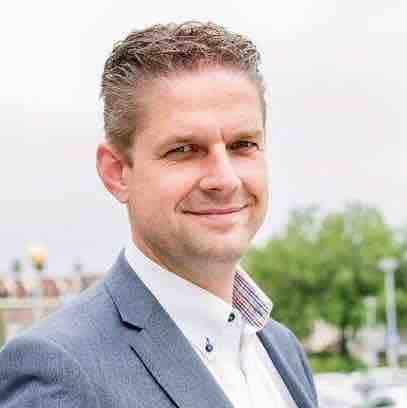 https://archief.nieuwegeneratieouderenzorg.nl/wp-content/uploads/2017/06/Martijn-Wiesenekker.jpg