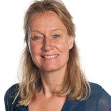 https://archief.nieuwegeneratieouderenzorg.nl/wp-content/uploads/2018/03/YvonneKerkhof.jpg