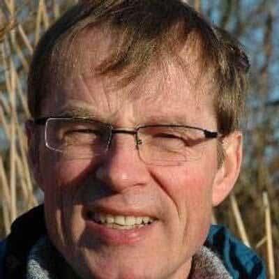 https://archief.nieuwegeneratieouderenzorg.nl/wp-content/uploads/2018/04/Martin-Smalbrugge.jpg